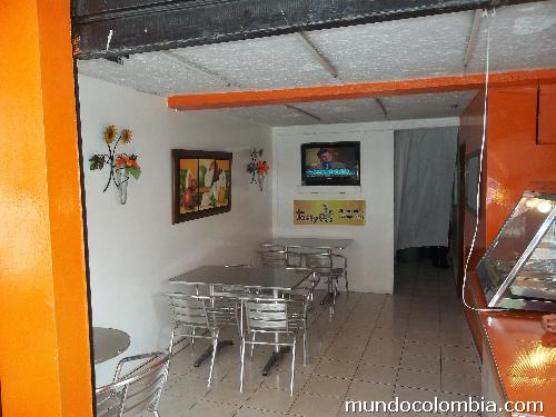 Venta restaurante pollo broaster acreditado en pereira for Cocinas integrales alkosto