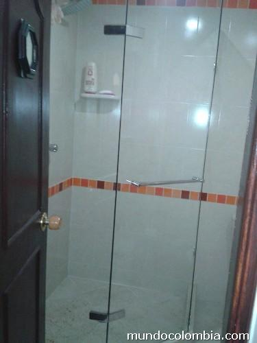 Cabinas De Baño En Vidrio:Cabinas Para Baño En Vidrio Templado en Medellín