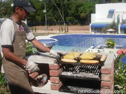 Fotos de se alquila exclusiva casa campestre con piscinas y jacuzzis bbq en condominio 20 - Casa del barbecue ...