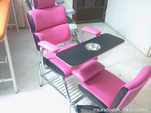 Fotos de sillas de peluquer a barber a manicure bello for Sillas para manicure